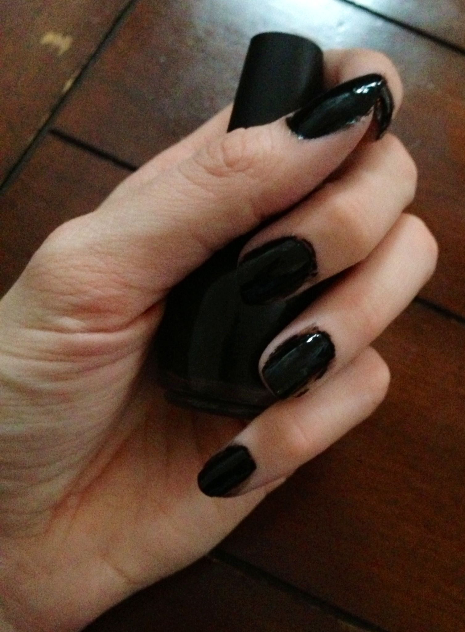 Tutorial - New Year\'s Eve Black & Gold - Nails For Nickels